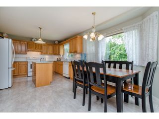 Photo 10: 21093 43 Avenue in Langley: Brookswood Langley House for sale : MLS®# R2088477