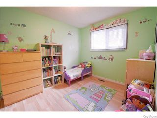 Photo 9: 542 Paufeld Drive in Winnipeg: North Kildonan Residential for sale (North East Winnipeg)  : MLS®# 1618479