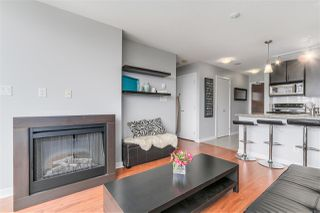 """Photo 7: 1010 688 ABBOTT Street in Vancouver: Downtown VW Condo for sale in """"FIRENZE TOWER II"""" (Vancouver West)  : MLS®# R2098083"""