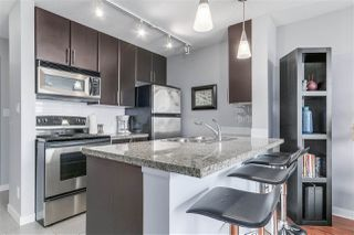 """Photo 3: 1010 688 ABBOTT Street in Vancouver: Downtown VW Condo for sale in """"FIRENZE TOWER II"""" (Vancouver West)  : MLS®# R2098083"""