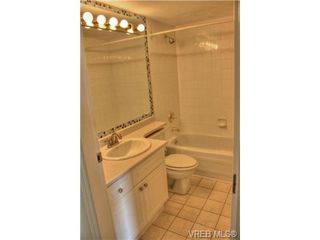 Photo 7: 708 930 Yates St in VICTORIA: Vi Downtown Condo for sale (Victoria)  : MLS®# 739411