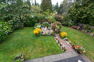 Photo 16: 2081 156A Street in Surrey: King George Corridor House for sale (South Surrey White Rock)  : MLS®# R2104763