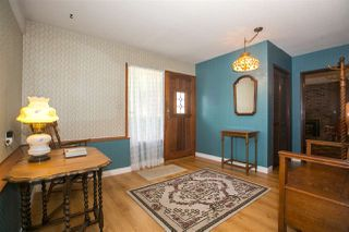 Photo 2: 1823 WINSLOW Avenue in Coquitlam: Central Coquitlam House for sale : MLS®# R2106691