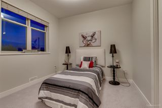 Photo 13: 1382 E 17TH Avenue in Vancouver: Knight House 1/2 Duplex for sale (Vancouver East)  : MLS®# R2115245