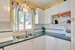 """Photo 4: 22 7330 122 Street in Surrey: West Newton Townhouse for sale in """"Strawberry Hills Estates"""" : MLS®# R2115848"""