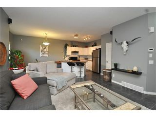 Photo 8: 102 2 WESTBURY Place SW in Calgary: West Springs House for sale : MLS®# C4087728