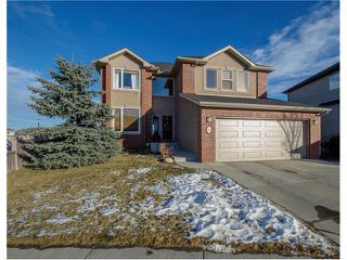 Photo 1: 76 STRATHLEA Place SW in Calgary: Strathcona Park House for sale : MLS®# C4092293