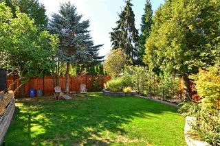 """Photo 3: 14134 18A Avenue in Surrey: Sunnyside Park Surrey House for sale in """"Ocean Bluff"""" (South Surrey White Rock)  : MLS®# R2134453"""