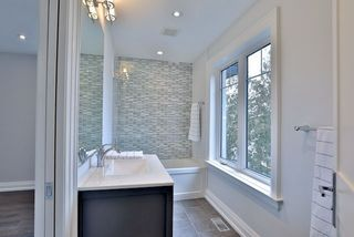 Photo 16: 108 De Quincy Boulevard in Toronto: Clanton Park House (2-Storey) for sale (Toronto C06)  : MLS®# C3719185