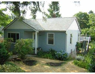 Main Photo: 729 E 3RD Street in North Vancouver: Queensbury House for sale : MLS®# V624605
