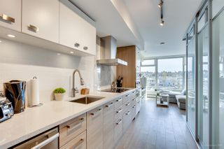 "Photo 4: 611 1783 MANITOBA Street in Vancouver: False Creek Condo for sale in ""The Residences at West"" (Vancouver West)  : MLS®# R2155834"