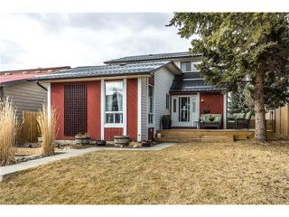 Main Photo: 3112 107 Avenue SW in Calgary: Cedarbrae House for sale : MLS®# C4117087
