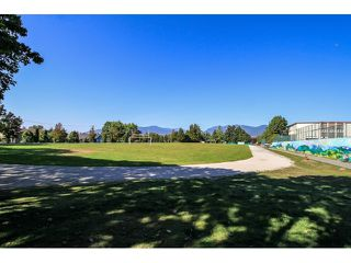 Photo 4: 1200 Woodland Drive in Vancouver: Commercial for sale : MLS®# F3401281