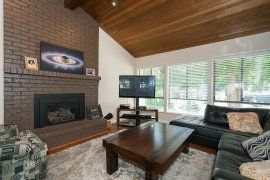 "Photo 2: 4525 205 Street in Langley: Langley City House for sale in ""MOSSEY ESTATES"" : MLS®# R2184054"