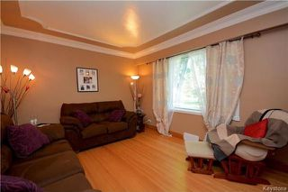 Photo 2: 914 Beach Avenue in Winnipeg: East Elmwood Residential for sale (3B)  : MLS®# 1718059