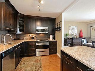 Photo 10: 701 670 Dallas Rd in VICTORIA: Vi James Bay Condo Apartment for sale (Victoria)  : MLS®# 766655