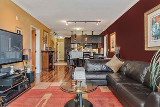 "Photo 3: 214 11935 BURNETT Street in Maple Ridge: East Central Condo for sale in ""KENSINGTON PARK"" : MLS®# R2200805"