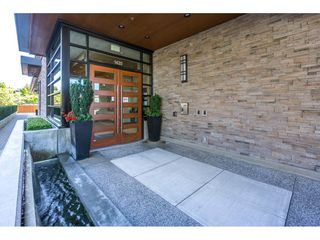 "Photo 2: 307 1420 JOHNSTON Road: White Rock Condo for sale in ""Saltaire"" (South Surrey White Rock)  : MLS®# R2201522"