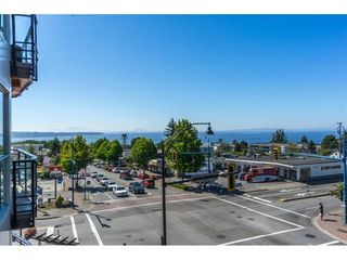 "Photo 1: 307 1420 JOHNSTON Road: White Rock Condo for sale in ""Saltaire"" (South Surrey White Rock)  : MLS®# R2201522"