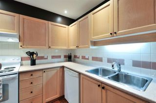 """Photo 3: 402 6737 STATION HILL Court in Burnaby: South Slope Condo for sale in """"THE COURTYARDS"""" (Burnaby South)  : MLS®# R2206676"""