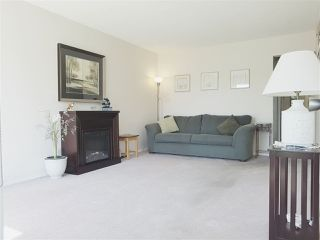 Photo 2: 2867 CAMBRIDGE Street in Vancouver: Hastings East House for sale (Vancouver East)  : MLS®# R2213998
