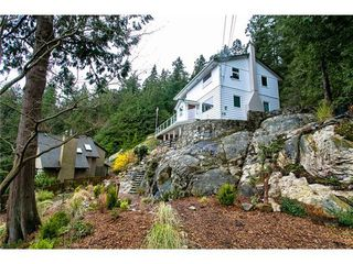 Photo 2: 4890 WATER Lane in West Vancouver: Home for sale : MLS®# V1055671