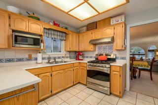 Photo 10: 1237 WINDSOR Avenue in Port Coquitlam: Oxford Heights House for sale : MLS®# R2233661