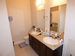 """Photo 15: 32 6026 LINDEMAN Street in Sardis: Promontory Townhouse for sale in """"HILLCREST LANE"""" : MLS®# R2236133"""