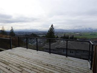 """Photo 18: 32 6026 LINDEMAN Street in Sardis: Promontory Townhouse for sale in """"HILLCREST LANE"""" : MLS®# R2236133"""