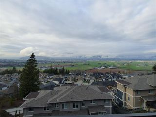 """Photo 7: 32 6026 LINDEMAN Street in Sardis: Promontory Townhouse for sale in """"HILLCREST LANE"""" : MLS®# R2236133"""