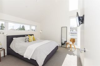 Photo 14: 1018 E 14TH Avenue in Vancouver: Mount Pleasant VE House 1/2 Duplex for sale (Vancouver East)  : MLS®# R2246905