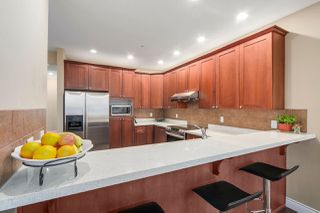 """Photo 8: 31 1705 PARKWAY Boulevard in Coquitlam: Westwood Plateau House for sale in """"TANGO"""" : MLS®# R2251423"""