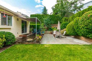 """Photo 4: 35983 EAGLECREST Place in Abbotsford: Abbotsford East House for sale in """"Mountain Village"""" : MLS®# R2278175"""