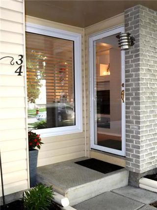 Photo 2: 34 Governor's Court in Winnipeg: Garden City Residential for sale (4F)  : MLS®# 1815840