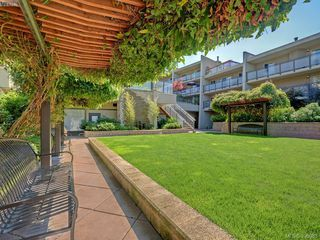 Photo 12: 301 1419 Stadacona Avenue in VICTORIA: Vi Fernwood Condo Apartment for sale (Victoria)  : MLS®# 396965