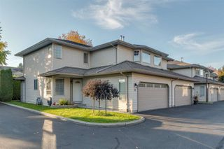 "Photo 1: 8 12268 189A Street in Pitt Meadows: Central Meadows Townhouse for sale in ""Meadow Lane Estates"" : MLS®# R2314883"