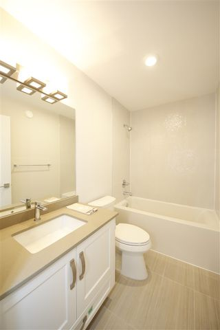 """Photo 13: 76 1188 MAIN Street in Squamish: Downtown SQ Townhouse for sale in """"SOLEIL"""" : MLS®# R2321380"""