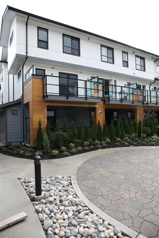 """Photo 2: 76 1188 MAIN Street in Squamish: Downtown SQ Townhouse for sale in """"SOLEIL"""" : MLS®# R2321380"""