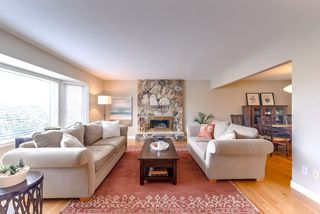 Photo 3: 1509 FERNWOOD Place in Port Moody: Mountain Meadows House for sale : MLS®# R2322631