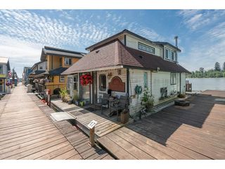 Photo 9: 20837 LOUIE Crescent in Langley: Walnut Grove Business with Property for sale : MLS®# C8022792