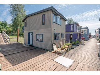 Photo 4: 20837 LOUIE Crescent in Langley: Walnut Grove Business with Property for sale : MLS®# C8022792