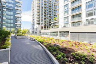 "Photo 18: 517 159 W 2ND Avenue in Vancouver: False Creek Condo for sale in ""Tower Green at West"" (Vancouver West)  : MLS®# R2332158"