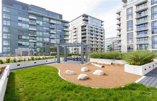 "Photo 19: 517 159 W 2ND Avenue in Vancouver: False Creek Condo for sale in ""Tower Green at West"" (Vancouver West)  : MLS®# R2332158"