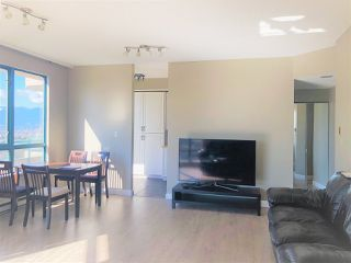 Photo 1: 1503 4603 HAZEL Street in Burnaby: Forest Glen BS Condo for sale (Burnaby South)  : MLS®# R2333526