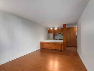 Photo 9: 708 1040 PACIFIC Street in Vancouver: West End VW Condo for sale (Vancouver West)  : MLS®# R2337728