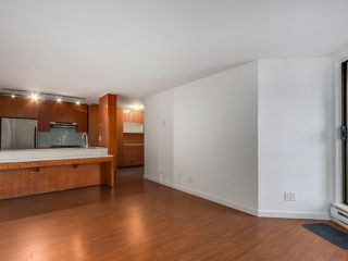 Photo 8: 708 1040 PACIFIC Street in Vancouver: West End VW Condo for sale (Vancouver West)  : MLS®# R2337728