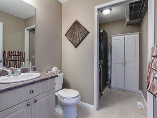 Photo 4: 3219 30 Avenue in Edmonton: Zone 30 House for sale : MLS®# E4146393