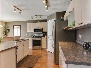 Photo 6: 3219 30 Avenue in Edmonton: Zone 30 House for sale : MLS®# E4146393