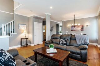 Photo 3: 7052 195 Street in Surrey: Clayton House for sale (Cloverdale)  : MLS®# R2347938