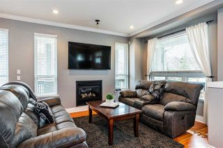 Photo 2: 7052 195 Street in Surrey: Clayton House for sale (Cloverdale)  : MLS®# R2347938
